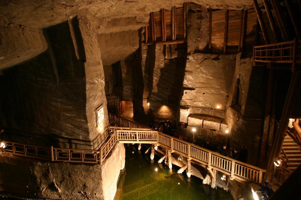 La miniera di sale a wieliczka cracovia cosa vedere a for Escursione auschwitz e miniere di sale lingua italiana